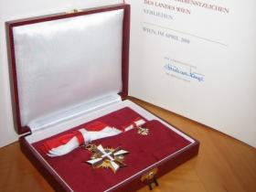 The Merit Award in Gold of the Province of Vienna